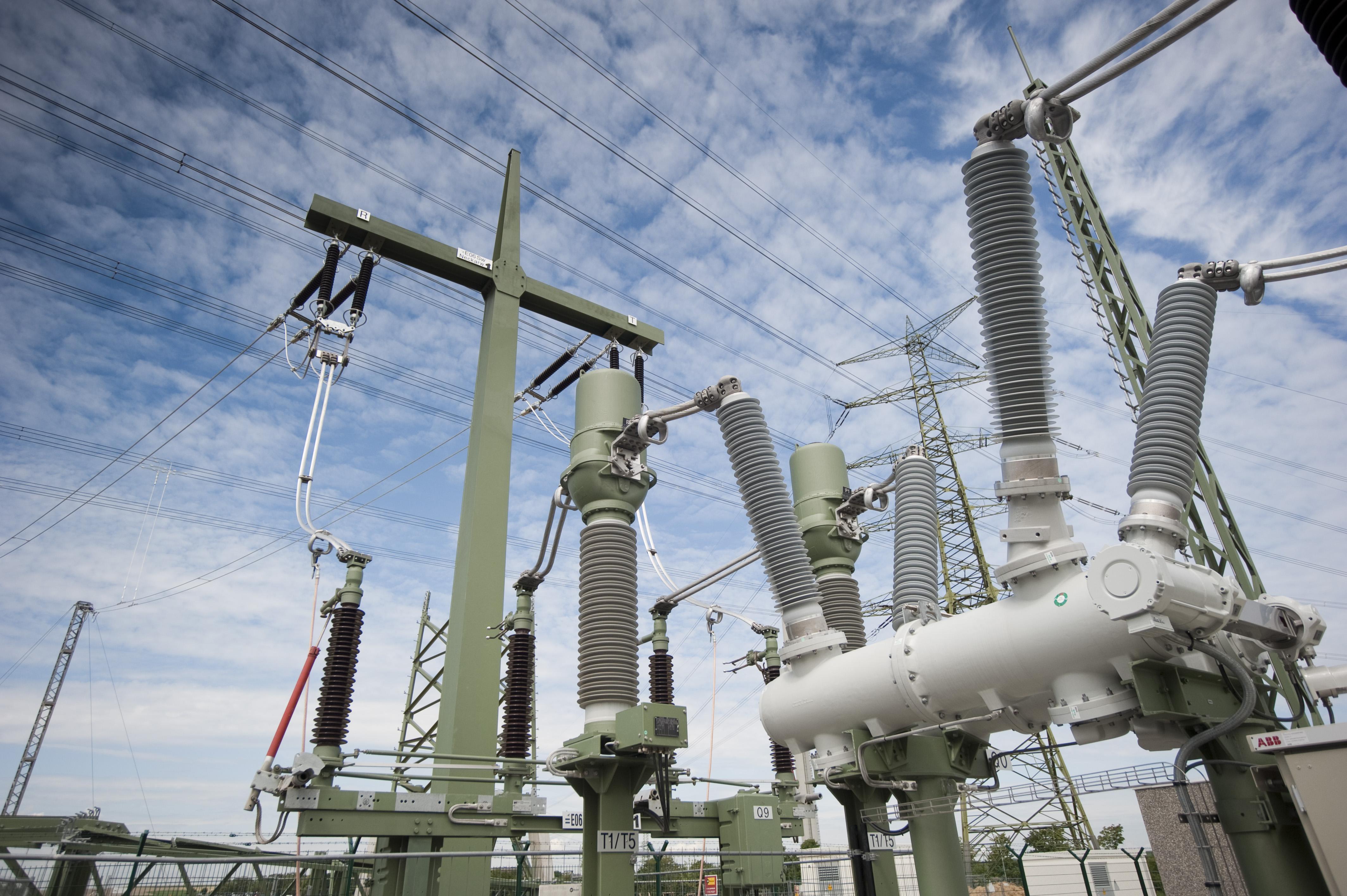 Schaltanlagen Hochspannung & Höchstspannung-Bildnachweis-SPIE