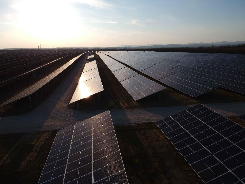 Solarprojekt Ungarn 1 - Bildnachweis SPIE