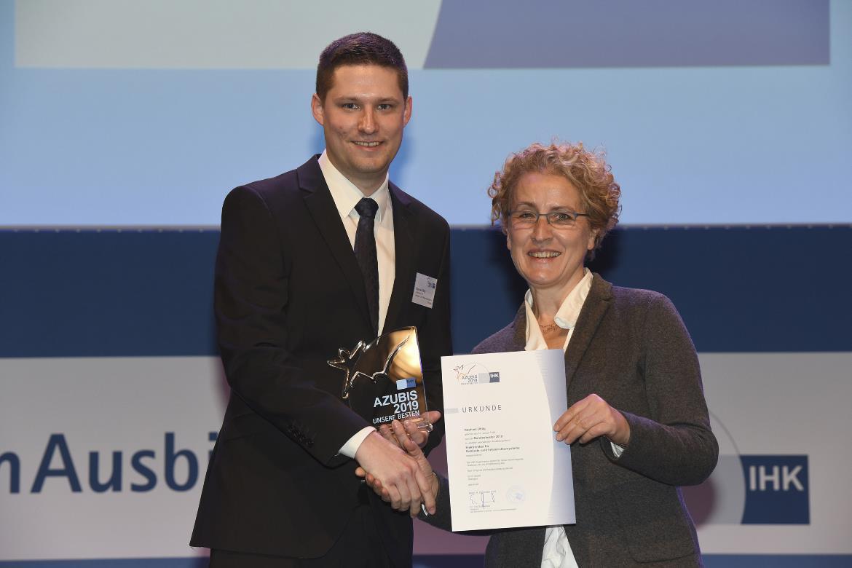 Raphael Uhlig und Heike Kummer - Bildnachweis DIHK  Michael Ebne